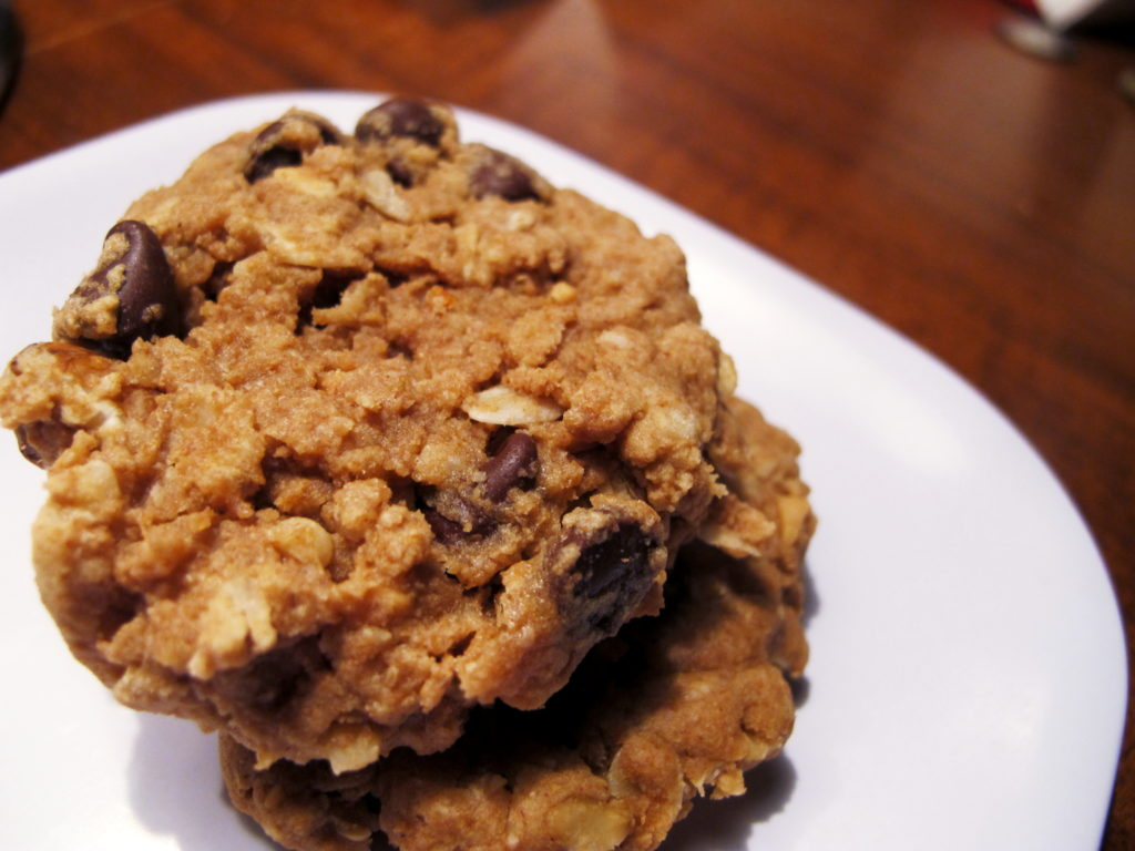Apple_Peanut_Butter_Oatmeal_Cookies_Foodloversheaven.com_168