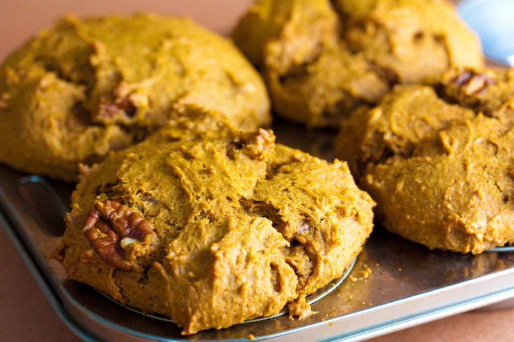 Free_Pumpkin_Spice_Muffins_Foodloversheaven.com_24
